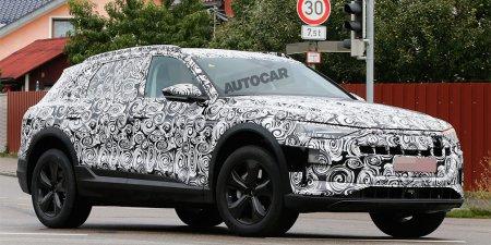 Audi E-Tron попался фотошипионам во время дорожных тестов