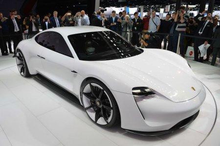 Porsche и Audi разработают общую платформу для электромобилей и к 2021 году выпустят на ее основе первые модели